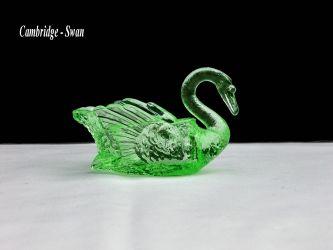 Cambridge Glass Swan - 1