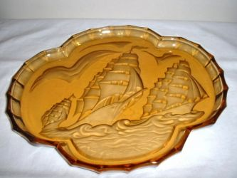Glass Vanity Set Ship theme - Unknown Maker (2)