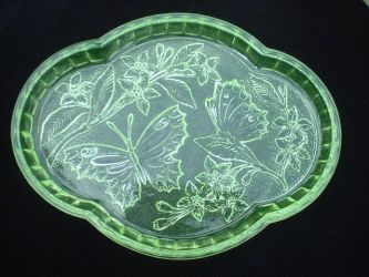 Sowerby Glass Butterfly Vanity Tray (1)