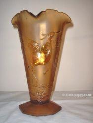 Unknown Glass Vase (7)